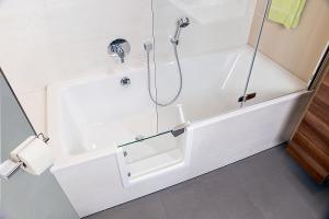 badewanne zur dusche umbauen badewanne zur dusche umbau testsieger. Black Bedroom Furniture Sets. Home Design Ideas